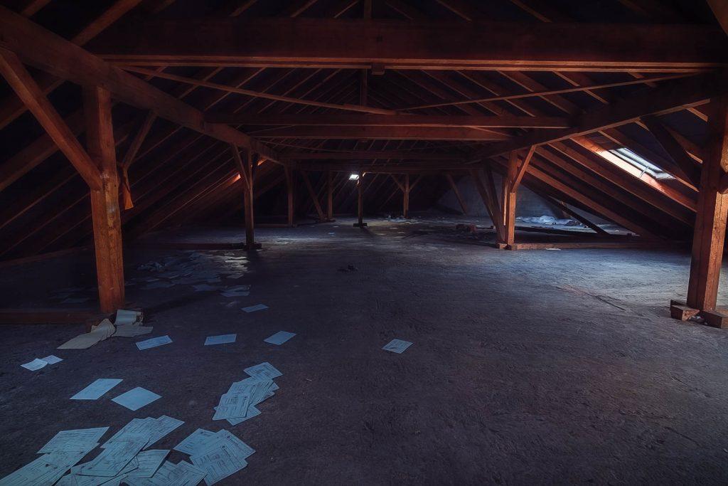 Mystische Dachböden